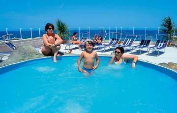 Solarium---Hotel-International-Gabicce-(6)-